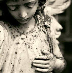 angel-in-irish-cemetery