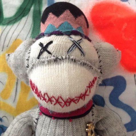 eed89ce10801973dea19331f78370862--sock-monkey-crafts-sock-monkeys
